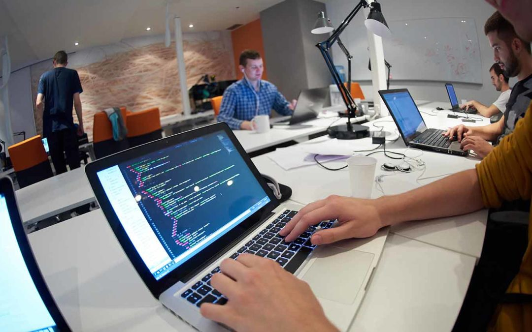 How to Become a Freelance Software Developer & Make Money